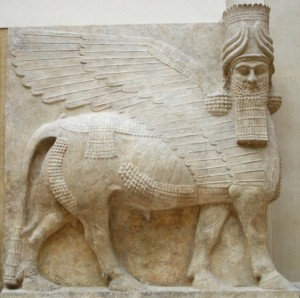 Human_headed_winged_bull_facing